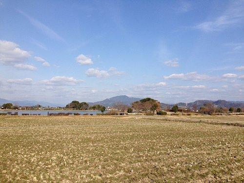 20140308 01 竜門山遠望