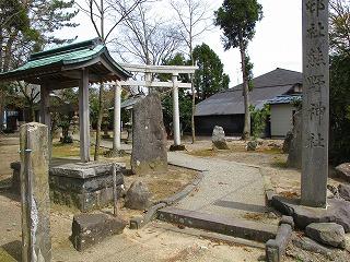 20100427_06_横代_熊野神社_鳥居