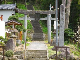 20100427_10_麓_飛澤神社_鳥居