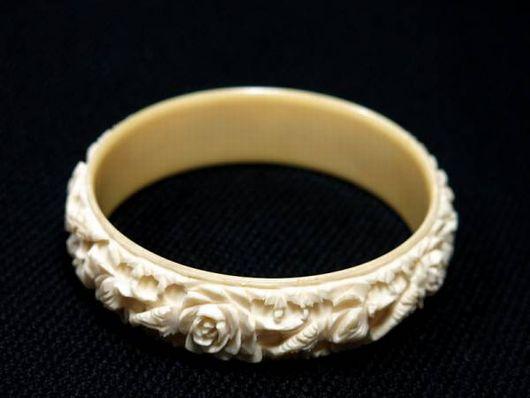 本象牙 バングル 彫刻 腕輪