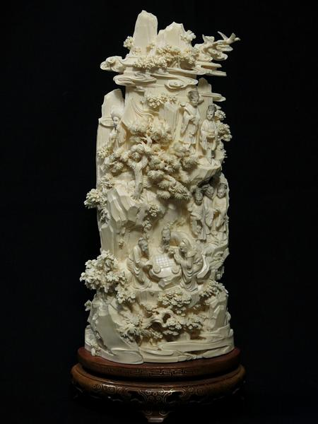 中国美術 本象牙 細密彫刻 台座付