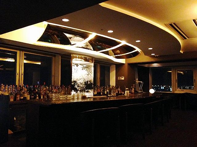 宮崎の夜編♪ 宮崎牛『ミヤチク』&ホテルスカイタワーBar(^^♪