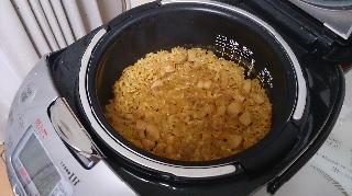 ジャンバラヤ風炊き込みご飯