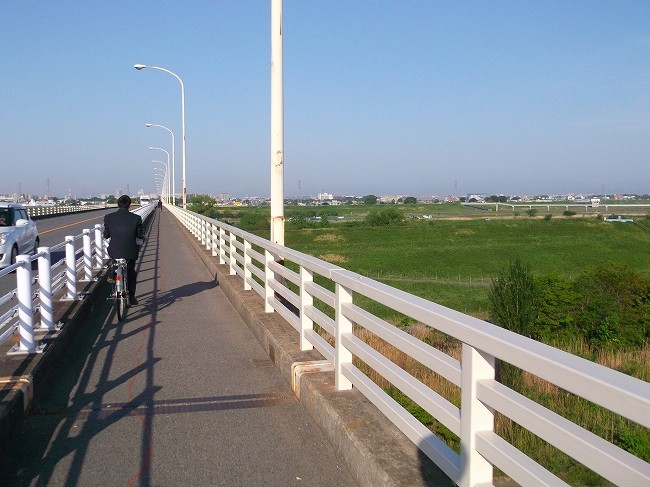 4 埼玉から出るのに必ず橋は一回はわたる