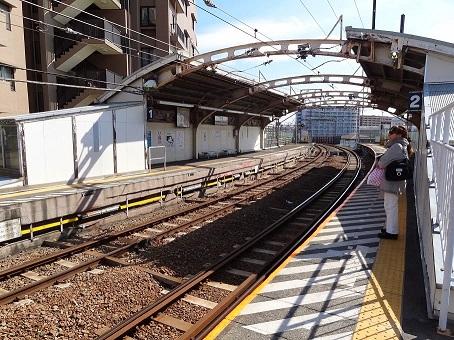 国道駅01