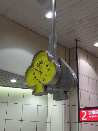舞浜駅の時計2
