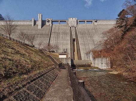 四万川ダム2