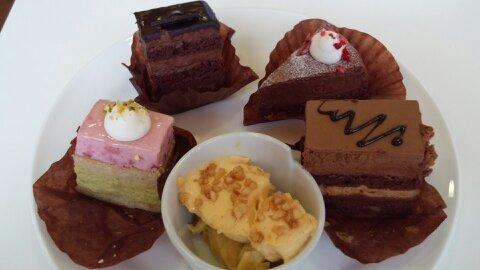 シナモニ皿ケーキ①