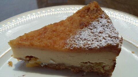 カヌレチーズケーキ