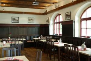 156803_Restaurant1.jpg