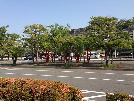 本郷台駅前