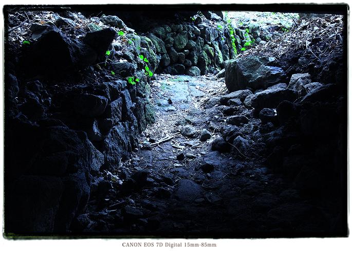 伊豆室岩洞1402muroiwa03.jpg