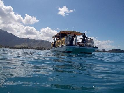 海からの船
