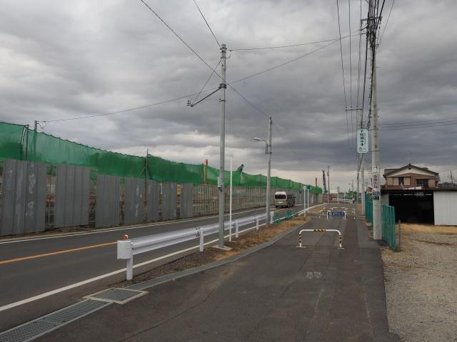 市川国分郵便局の脇から松戸方面。