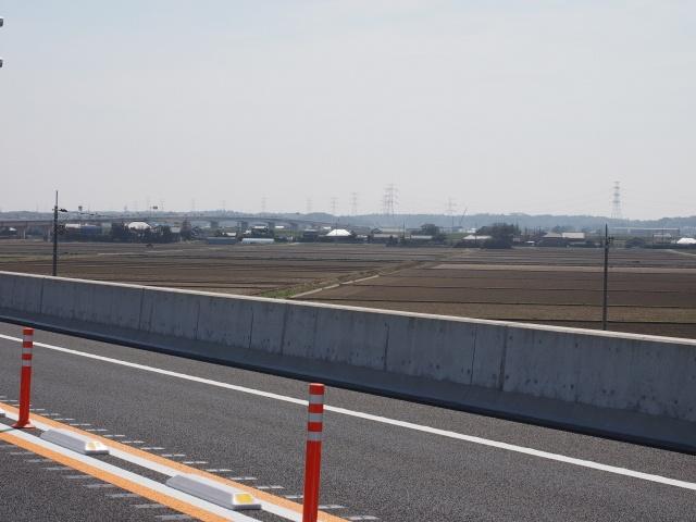 利根川渡河橋が見えます。帰りがしんどいです。