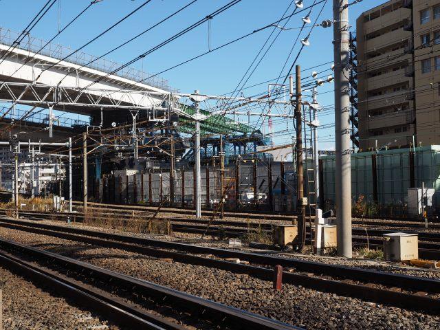 東海道線と京急をまたぐ部分。