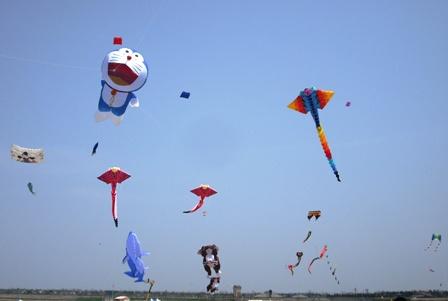 14年04・27内灘・凧の祭典 008