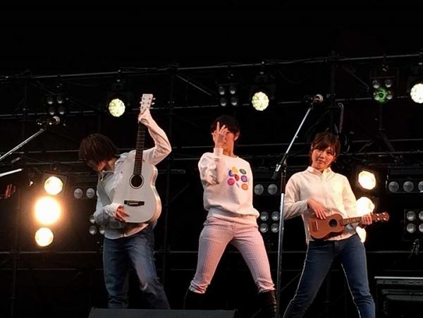 AKB48_20140413_08.jpg