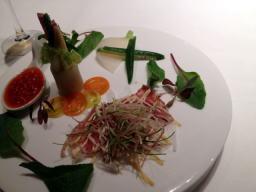 前菜の野菜の盛り合わせ