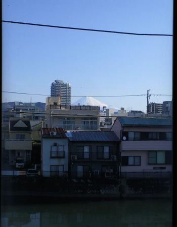 窓から富士山(26.3.23)