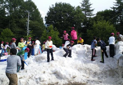 雪の遊び場(24.7.25)