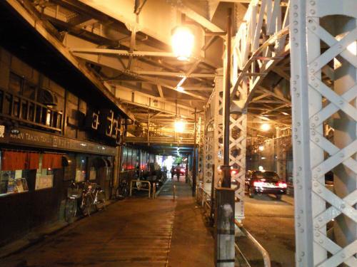 神田駅ガード下(26.5.27)