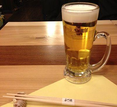 まずはビールでお祝いする