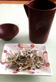 焼酎と小魚