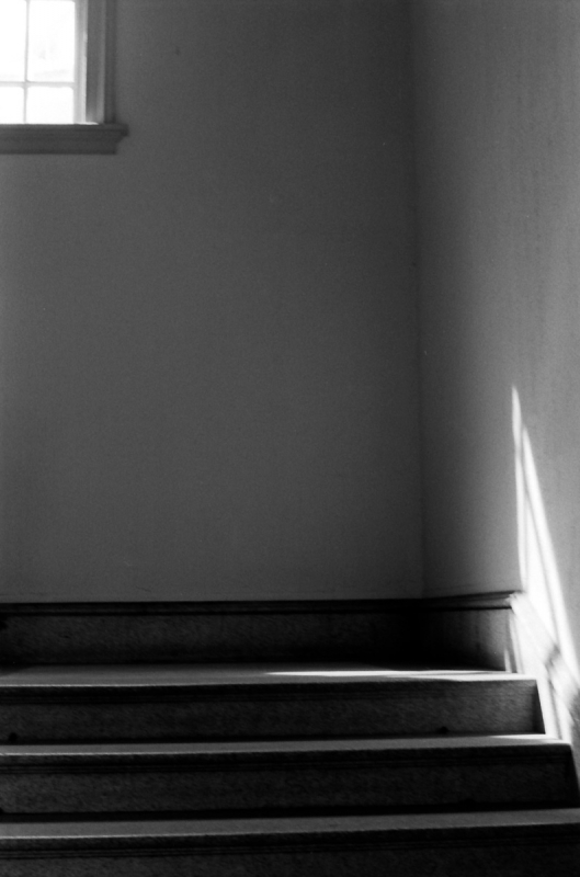 窓辺 旧府庁3