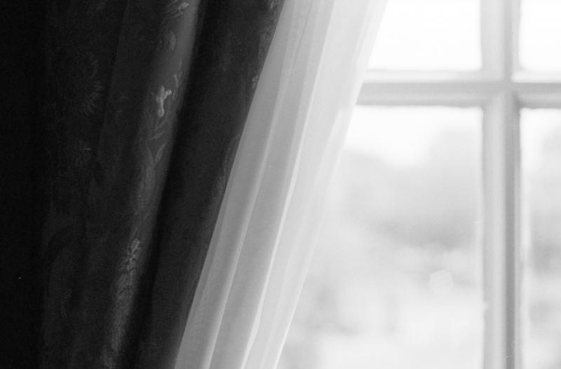 窓辺 旧府庁 2