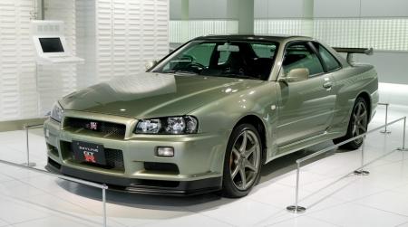 Nissan_Skyline_R34_GT-R_NC3BCr_001.jpg
