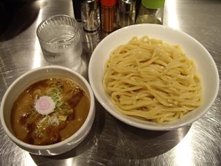 麺処 八 つけ麺(大盛)