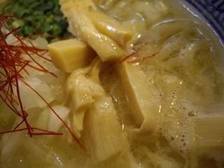 濃厚鶏白湯らーめん麺屋一楽 濃厚鶏白湯ラーメン(穂先メンマ)