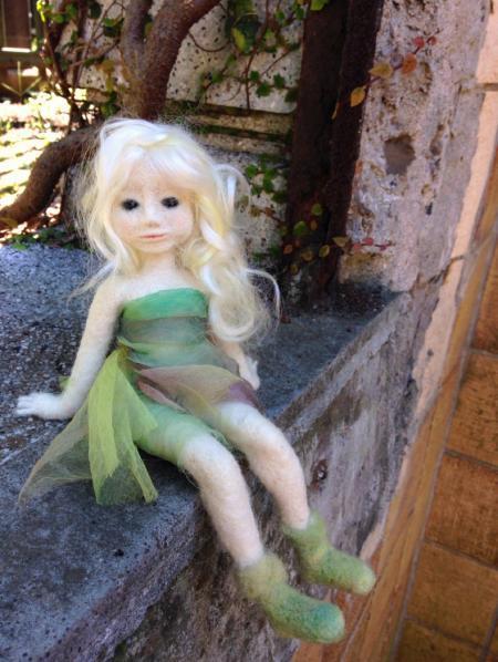 羊毛フェルトの妖精