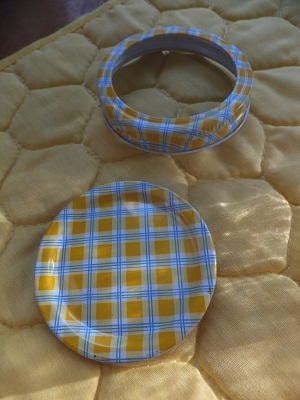 Ball Jar Lids Gingham3
