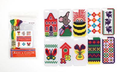 「アルネ&カルロス ステッチケース for iPhone5,5S」