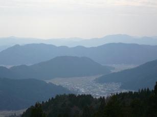 河和田を一望