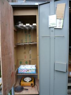 ロッカー燻製箱