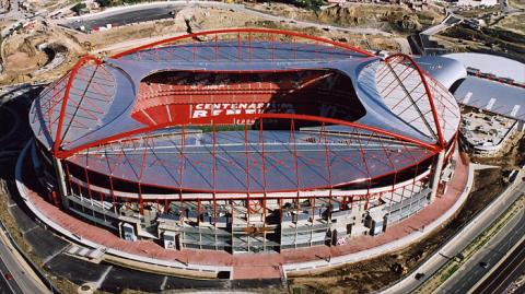 Estadio-da-Luz1_convert_20140514052124.jpg
