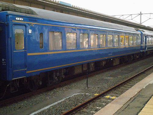 スロネ24 553(盛アオ)(2011年6月1日・青森駅)