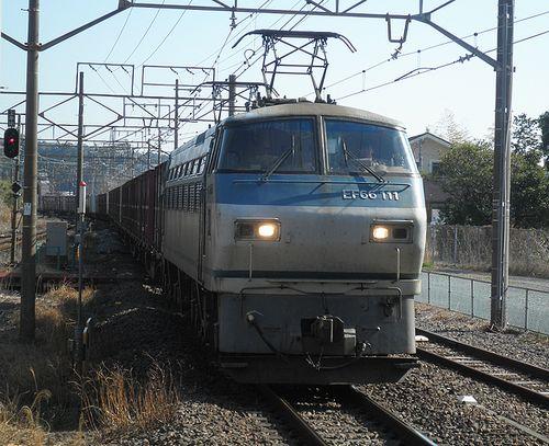 EF66 111[吹](2014年3月8日・湯河原駅)