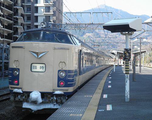 秋アキ583系(2014年3月8日・湯河原駅)2