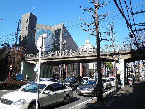横浜市神奈川区台町・旧東海道上台橋(2011年12月25日)