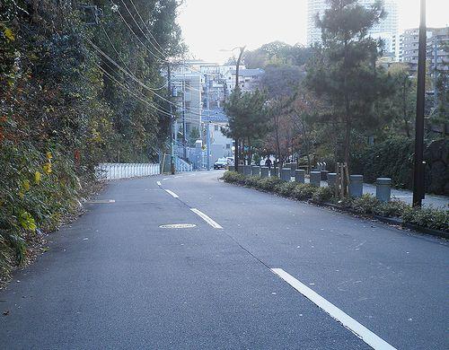 旧東海道・焼餅坂(横浜市戸塚区平戸3丁目)(2011年12月25日)