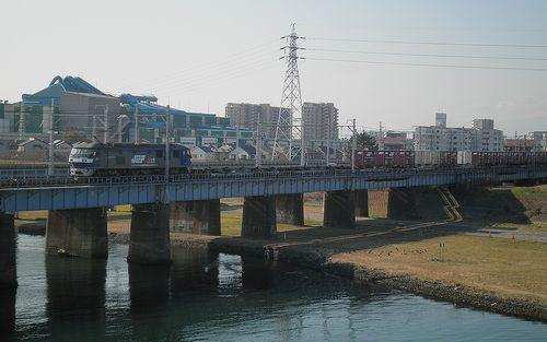 平塚市須賀・国道1号線馬入橋・JR線相模川橋梁を見る(2011年12月29日)3