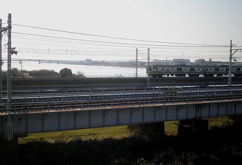 平塚市須賀・国道1号線馬入橋・JR線相模川橋梁を見る(2011年12月29日)1