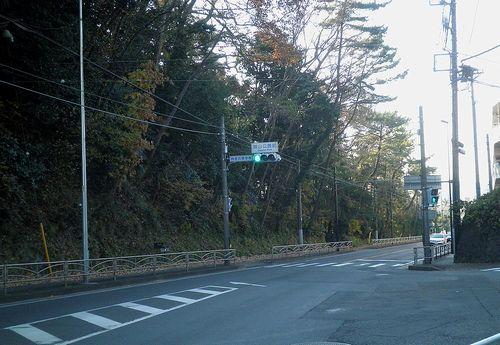 旧東海道・大磯・城山公園入口(旧吉田茂邸前)(神奈川県中郡大磯町国府本郷)(2011年12月29日)