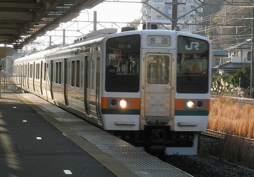 東チタ211系「N62」編成(二宮駅・2011年12月29日)