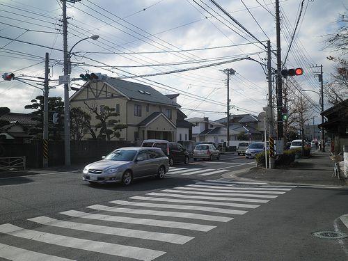 山西交差点・国道1号線と旧東海道の合流点(神奈川県中郡二宮町)(2011年12月31日)