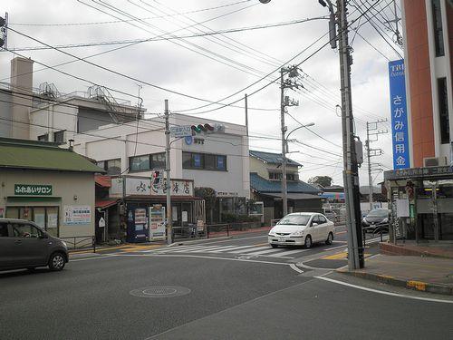 二宮駅入口交差点(神奈川県中郡二宮町)(2011年12月31日)